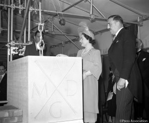 Queen's Mother laying the foundation stone